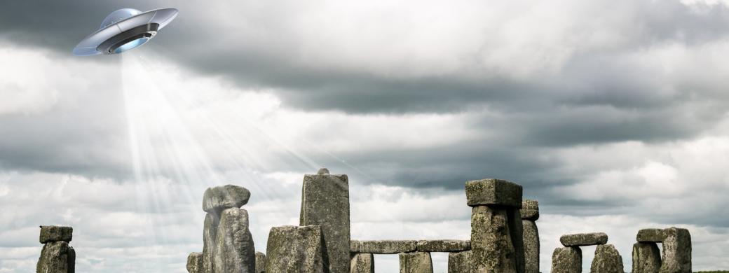 who owns stonehenge